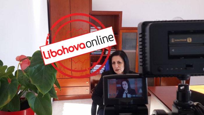 Luiza Mandi: Emigrantët e karantinuar në Libohovë nuk janë bartës të Covid-19, s'ka asnjë rrezik për banorët. Ky është një angazhim humanitar