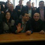 """Demokratët e Gjirokastrës marrin sërish rrugën, sot radha për """"dezhurn"""" te çadra"""