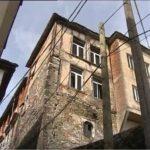 Gjirokastër, në rrezik shembje banesa e Hronëve (VIDEO)