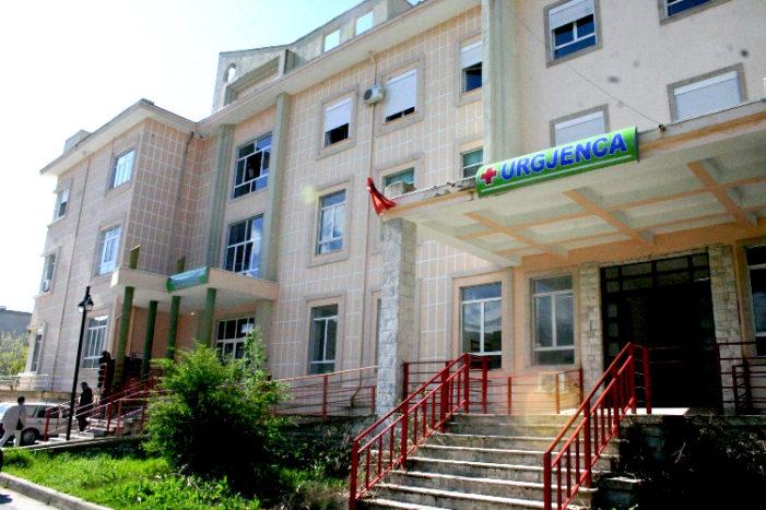 Shkarkohet drejtori i spitalit në Gjirokastër, ja kush e zëvendëson
