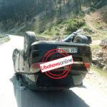 Përmbyset makina, FOTO nga aksidenti me dy të plagosur