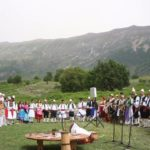 """""""Stolitë Tona"""", çelet sezoni turistik në Antigone (FOTO)"""