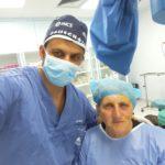 """""""Çmendet"""" Flamur Golemi, selfie nga salla e operacionit: Pacientët kanë më shumë prioritet se fushata"""