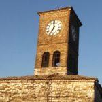Ndërhyn ministrja Kumbaro, vihet në punë pas 20 vjetësh sahati në Kalanë e Gjirokastrës (FOTO)