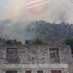 Zjarri në Selckë, digjen tre shtëpi, shpëton Kisha e fshatit (FOTO)