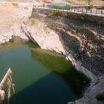 Vera than liqenin, Viroi braktiset nga vizitorët