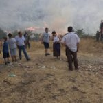 Emergjenca nga zjarret, Mirela Kumbaro shkon në Dropull, takohet me banorët në Terihat dhe Dhuvjan (FOTO)
