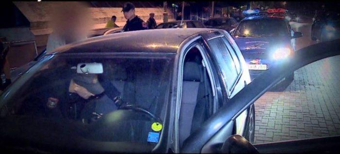 Kapen dy çanta me drogë në Gjirokastër, 2 të arrestuar (Emrat)