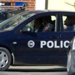 Ndalohet në autostradë i riu nga Gjirokastra, policia i gjen në makinë…