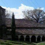Si po rrënohet Kisha e Shën Pjetrit dhe Pavllos në Zagori (VIDEO)