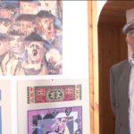 Shtëpitë historike i shndërron në portrete, njihuni me piktorin nga Gjirokastra (VIDEO)