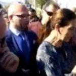 Ministri Bushati në Kakavijë, tallet me gazetarin e Report Tv: Bëji të fala Metit…