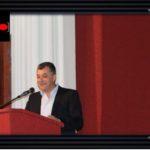 Si gënjen kryetari i Bashkisë Dropull kur kapet me 'presh në duar' për lejen që i ka dhënë gurores së Tavos (VIDEO)