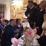 Gjirokastër, Kumbaro tenton të këndojë labçe, por drejtorat ia thonë më shumë (VIDEO)