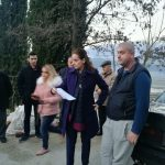 'O Zamira, po pse moj si Flamur Bimja do bëhesh ti…', banorët e pallatit përplasen me kryebashkiaken (VIDEO)