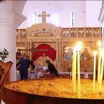 Pashkët ortodokse në Gjirokastër, besimtarët i bashkohen shërbesave fetare