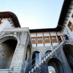 Shqipëria e viteve '90, ekspozitë te shtëpia e Kadaresë në Gjirokastër