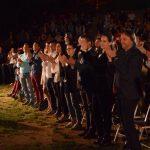 Mirush Kabashi mbush Odeonin e Gjirokastrës, emocionon publikun me 'Apologjinë e Vërtetë të Sokratit' (FOTO)