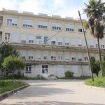 Rreziqet e stinës në Gjirokastër, shtohet fluksi nga pickimet në urgjencën e spitalit
