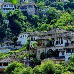 Banka Botërore hap aplikimet për një projekt për rritjen e përvojës turistike në Gjirokastër
