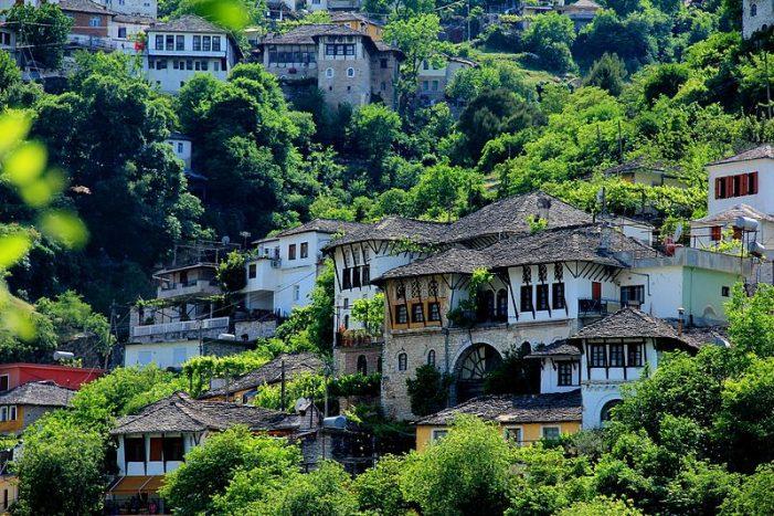 Gjirokastra një nga 4 bashkitë që do të përfitojë prej programit për Zhvillimin e Integruar Urban dhe Turizmin