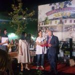 Libohova nderon me titullin 'Qytetar Nderi' investitorët e fabrikës së ujit në Zagori dhe pilotin veteran (FOTO)