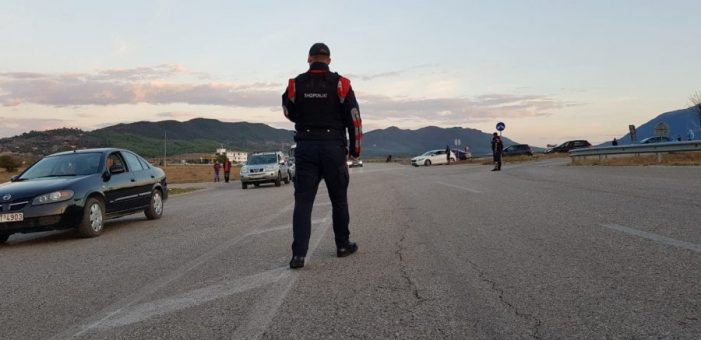 Bllokuan rrugën Gjirokastër – Kakavijë arrestohen nga policia shqiptare tre ekstremistë grekë