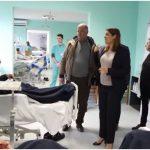 13 mjekë të rinj specialistë i shtohen spitalit të Gjirokastrës (VIDEO)