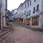 Restaurimi i kalldrëmeve në Gjirokastër, Neritan Ceka jep alarmin: Qyteti rrezikon të dalë nga UNESCO