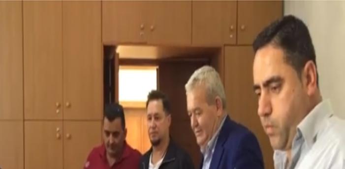 Opozita dërgon në Libohovë Dasho Alikon dhe Krenar Kullën. Duan të regjistrojnë anëtarët në KZAZ edhe pse vendimi i KQZ-se i ndalon
