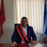 Betim me himnin shqiptar dhe grek, Dhimitraq Toli merr drejtimin e Bashkisë Dropull (FOTO)