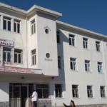 Covid/ Mbyllet një klasë në Gjirokastër, të infektuar edhe dy punonjës të doganës Kakavijë