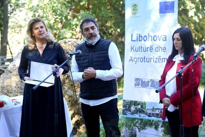 """""""Libohova Kulturë dhe Agroturizëm"""", nderohen disa personalitete të bujqësisë dhe zhvillimit rural, promovohet libri i Besnik Ismailatit dhe Jani Raftit"""