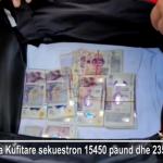 Bllokohen në Kakavijë 15 mijë paund dhe 23 mijë euro (VIDEO)