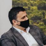"""Rastet me Covid në Gjirokastër, reagon Flamur Golemi: Nuk i shpëtonim dot valës së dytë, ka rritje në të gjithë vendin. Vetëm cinikët e lidhin me """"Retron"""""""