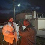 Fushata në Gjirokastër, demokrati djeg teserën e PD-së: Në zjarr e hedh me shpirt, këta nuk bëhen. Vetëm Edi Rama, askush tjetër nuk e do këtë vend