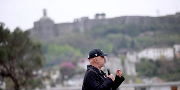 Rreth 50 mijë vota në qarkun Gjirokastër, PS pret të fitojë 3 mandate