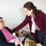 Portali i PD Gjirokastër: Zamira Ramin e pështynë në spital. Reagon kryebashkiakja: Jeni pionerët e lajmeve të rreme